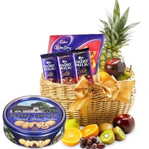 Fruit and chocolate basket with cookies